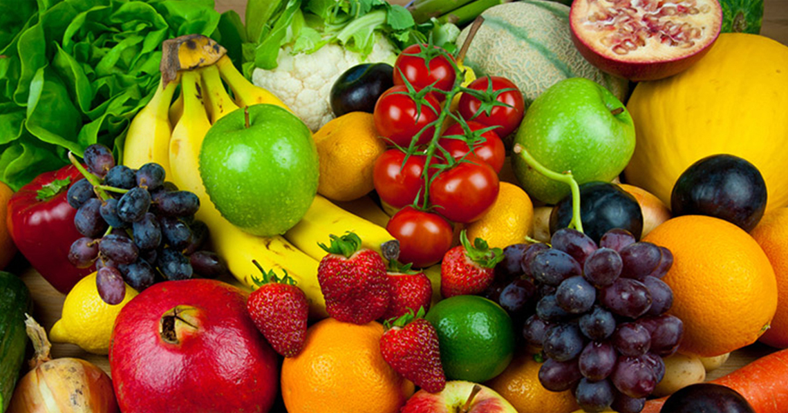 Fruits-And-Vegetables-Can-Nourish-The-Eyes